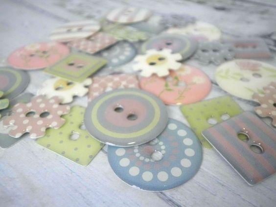 30x Pretty Vintage Pastel Mix Chipboard Craftin... - Folksy