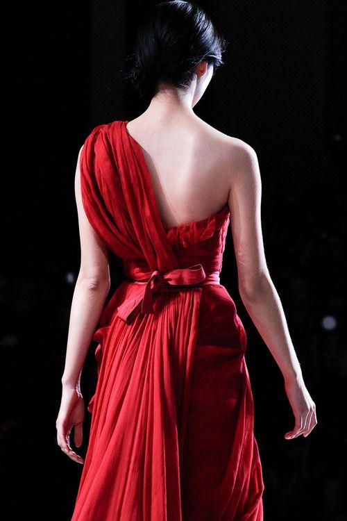 webelieveinstyle:  Elie Saab Couture Spring 2011