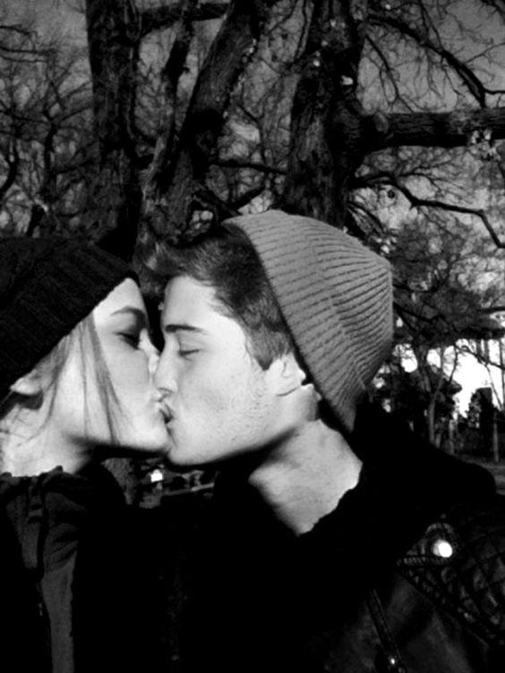 Now imagine him kissing you | Barbara Palvin + Francisco ...