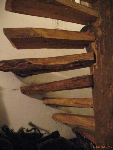 Madera de cald n rustic wood stairway casa neral pinterest madera r stica escalera y bosque - Escaleras de madera rusticas ...
