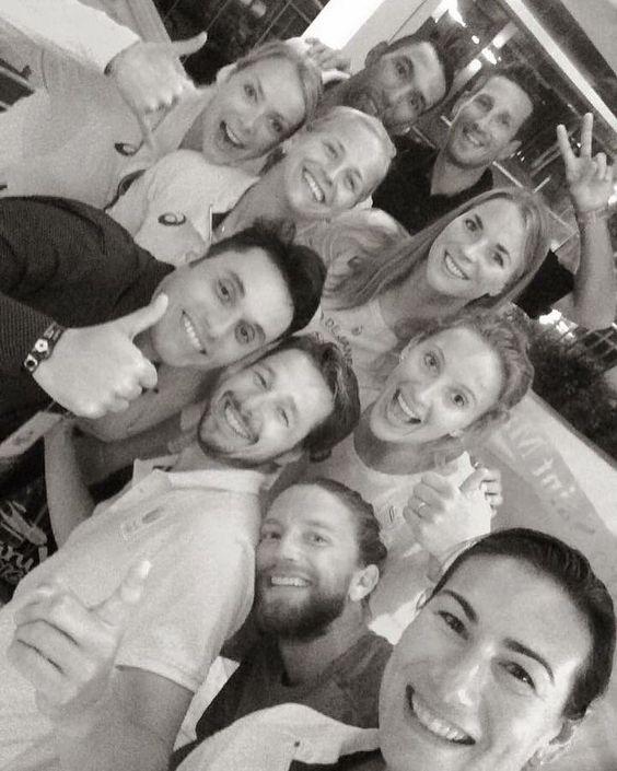 Our #TeamNetherlands Training Squad in #Guarujá. Congrats on dominating VEN today!  @m_meppelink @marleenvaniersel @Angela Neal Akers @brunodecarvalhoreis @tytramblie @sophievangestel1 @jantinevandervlist . #brazil #comebacktour #grateful #fivb #beachvolleyball #volleyball #avp2016 @AVP - Pro Beach Volleyball Tour (Official)