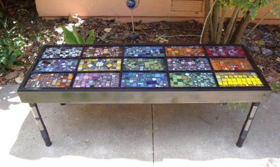 Diy Mosaic Table Would Love This As A Garden Bench