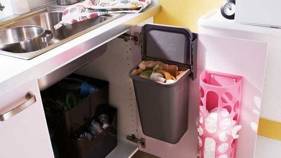 10 id es pour un rangement astucieux dans la cuisine boutons photos et interieur. Black Bedroom Furniture Sets. Home Design Ideas