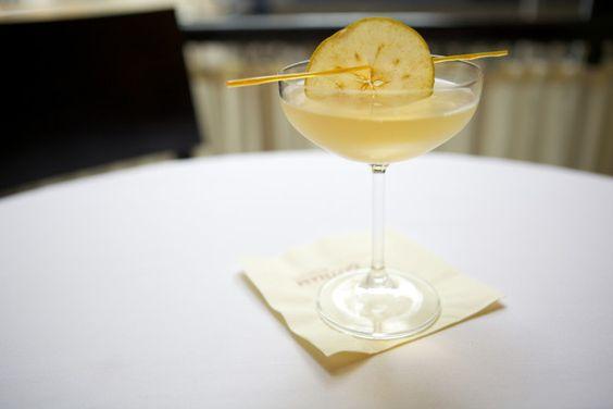8 Festive Fall Cocktails --> http://www.hgtvgardens.com/recipes/bar-exam-fill-your-glass-full-of-fall?soc=pinterest