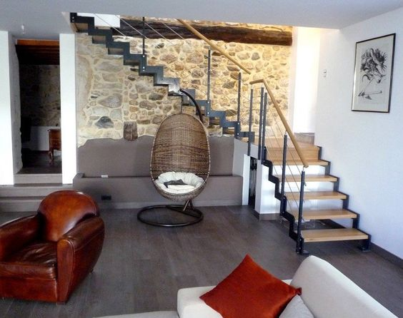 Escalier metallique Ferro, escaliers design à limon métal