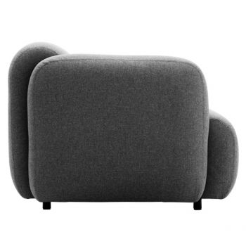 Swell is a sofa full of character. The shape is round, playfull and it certainly invites to sit on.