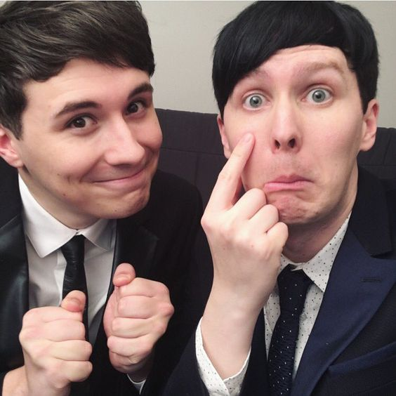 "Phil Lester on Twitter: ""Time to film Dil's Wedding! I'm going to try not to…"