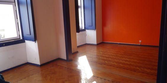 Imóveis Elite – Apartamento T1+1 na Praça do Bocage em Setúbal, agua aquecida por painéis solares