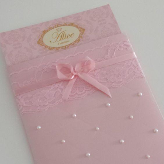 """""""Convite especial para uma  festa linda da princesa Alice. http://instagram.com/convitaria/"""