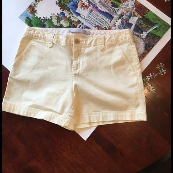 Old Navy Low-Rise Shorts !  Old Navy Low-Rise shorts ! Inseam is about 5 inches ! They are a pretty light yellow in color ! Small cords ! 2 pockets in front, 2 pockets in back ! Belt loops ! Zip and button up ! Just like new !  Old Navy Shorts