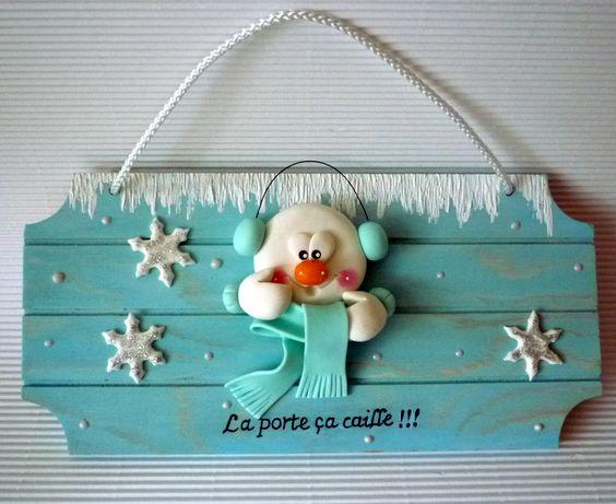 Bonhomme de neige en porcelaine froide sur plaque de porte polymer clay pinterest polymers - Pinterest bonhomme de neige ...