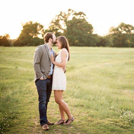 Romantic Memphis Engagement