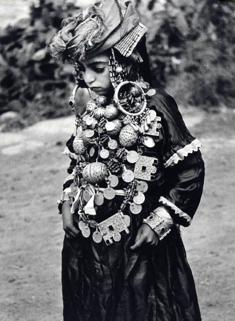 Besancenot- Jeune mariée juive à Tahala, Maroc, 1950.