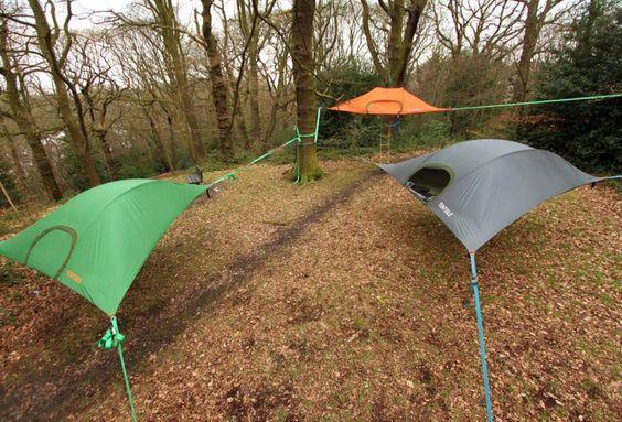 Voici la tente en suspension de Tentsile qui vous fera prendre de la hauteur. Dormir en hauteur dans un arbre n'est plus un rêve d'enfant, et en plus, c'est plutôt pratique. Après plusieurs années de protoypes et de tests, Tentsile a finalement lancé la production de son modèle Stingray.