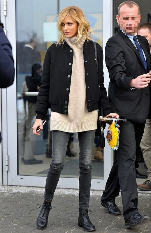 Anja Rubik Masters A Cool And Cozy Airport Look