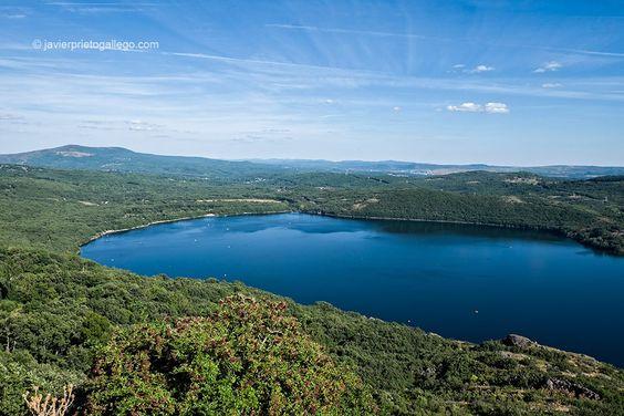 Lago de Sanabria. Parque Natural de El Lago de Sanabria. Zamora. Castilla y León. España. © Javier Prieto Gallego;: