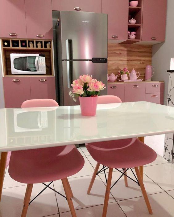 Cozinha rosa: 60 ideias encantadoras para montar a decoração perfeita