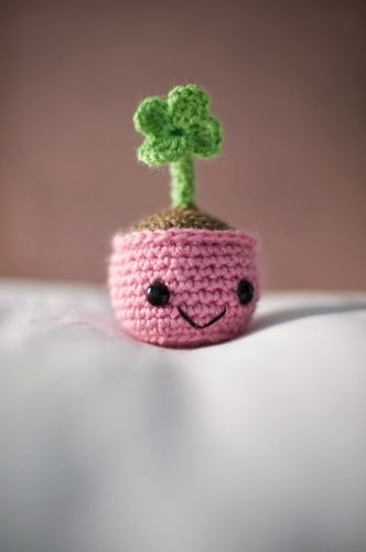 Free Crochet Patterns Four Leaf Clover : Free Four Leaf Clover Amigurumi Pattern amigurumi ...