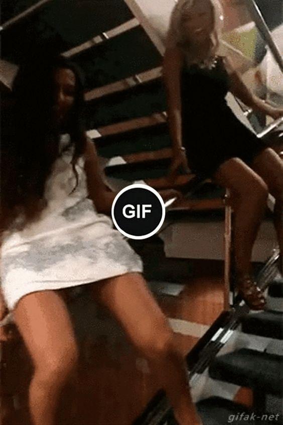 Gente acho que descer escada deste jeito não é uma ideia boa!!!