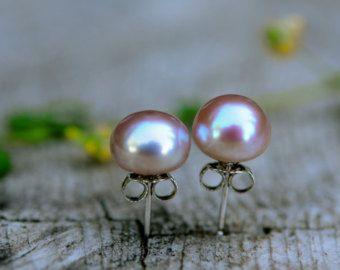 Licht roze Parel studs Stud Earrings Pearl stud door AllthingsBAB