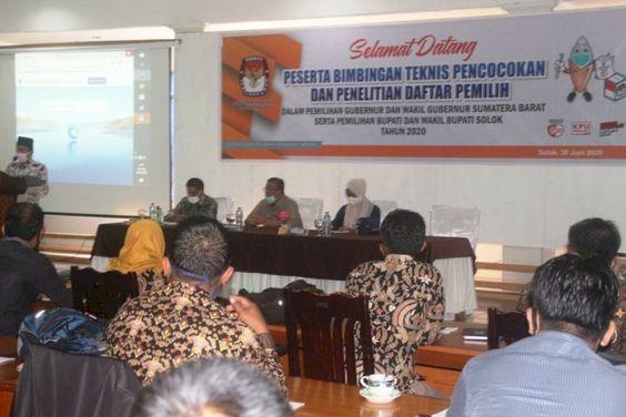 Pin Oleh Journalist Id Di Indonesia Satu Investigasi Pencak Silat Politik