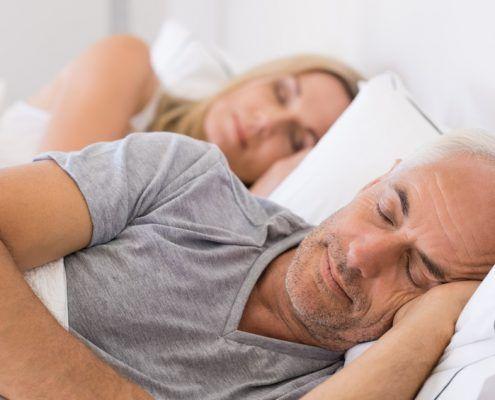 Mit Digital Detox besser schlafen. #digitaldetox #gesundheit #besserschlafen #healthylifestyle #detoxdeluxe Foto ©Rico / Fotolia.com