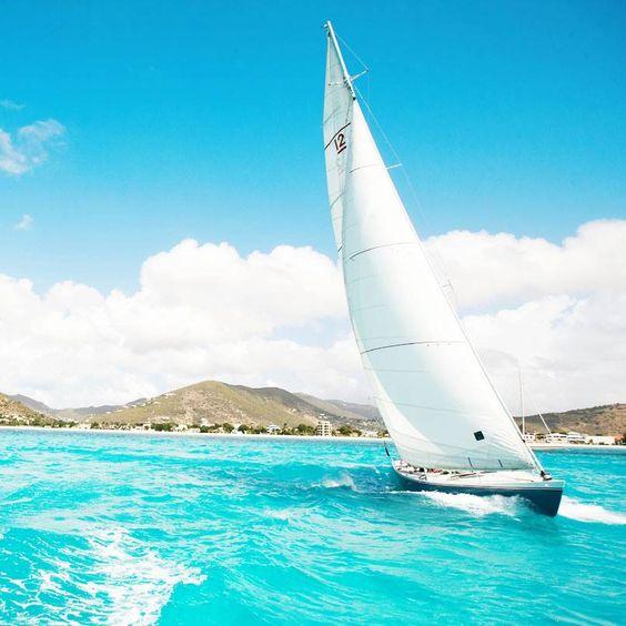 Sail through St. Maarten.