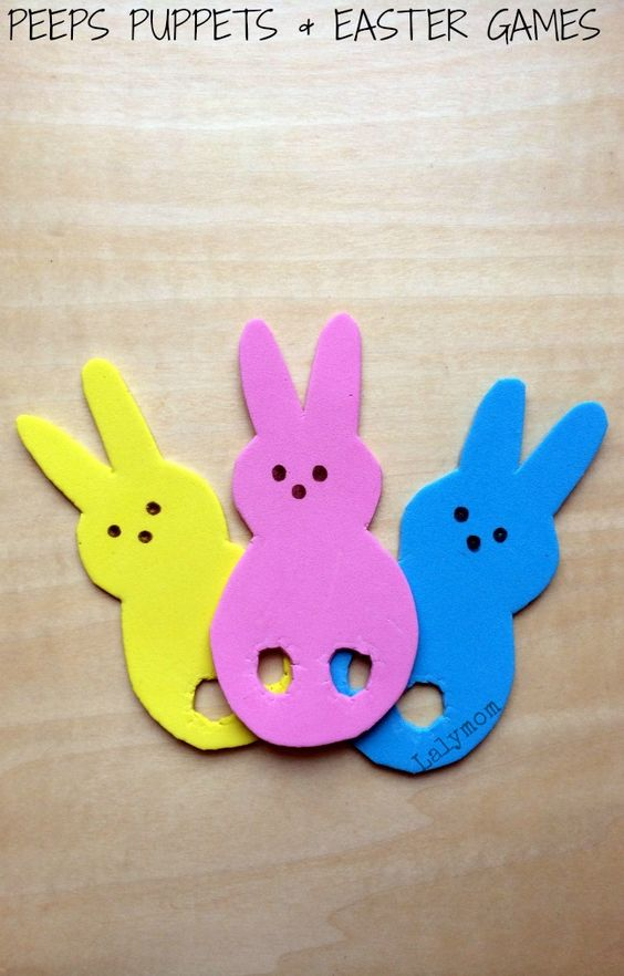 Click for a FREE Printable & Tutorial Plus Easter Games for Kids Using Peeps Finger Puppets from Lalymom #DIY #Easter