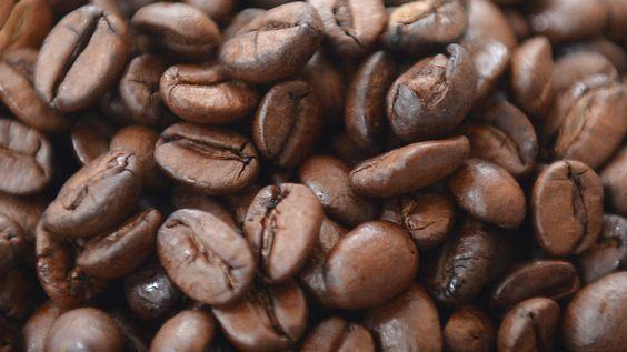 #Wer trinkt wie viel?23 Fakten über Kaffee - BILD: BILD Wer trinkt wie viel?23 Fakten über Kaffee BILD Der Kaffeekonsum der Deutschen hat…
