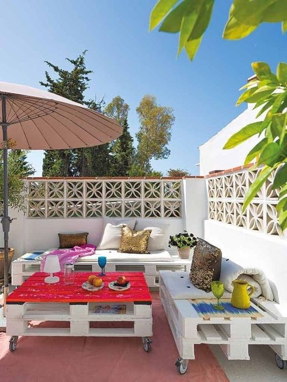 Palets de madera en zonas chill out jardines pinterest - Terrazas chill out ...
