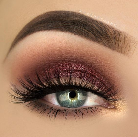 No look is complete without our #tarteist #metallic shadows in #scarlet and…: