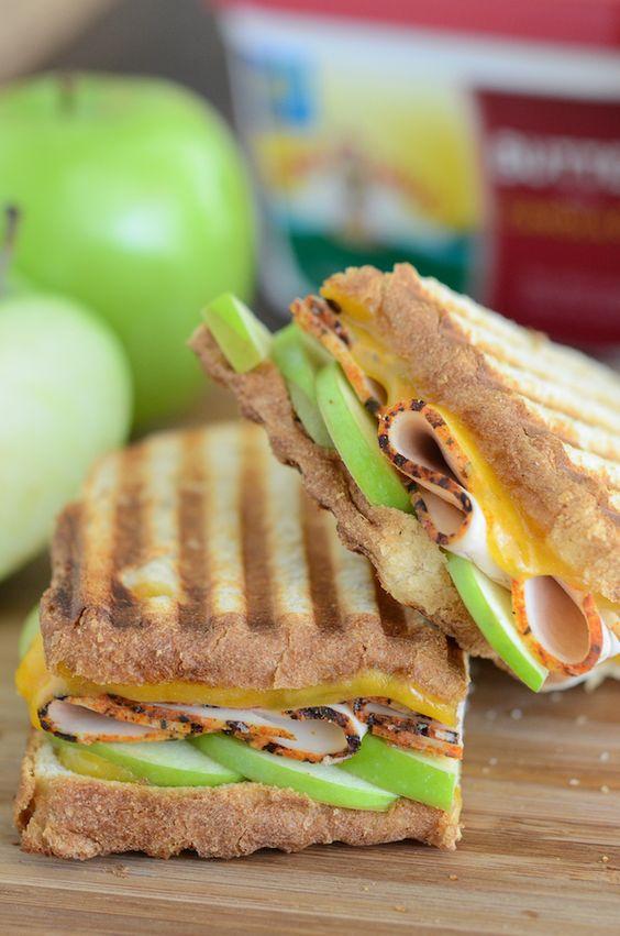 Apple, Cheddar and Turkey Panini - #panini #lunch #sandwich