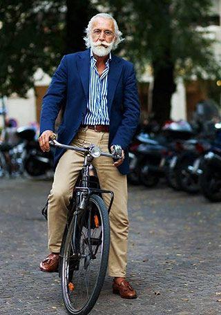 60代 ネイビージャケットの着こなし(メンズ)