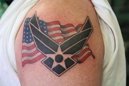 usaf and us flag tattoo by derek wicked parrot tattoo tattoos pinterest flags flag. Black Bedroom Furniture Sets. Home Design Ideas