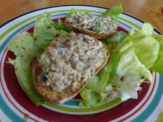 Voilà une recette toute simple et pleine de fraîcheur ! Aussi bien pour tremper des bâtonnets de légumes à l'apéro qu'en tartines sur une salade. Je vous en ai parlé dans les Toqués, sur France Ble...