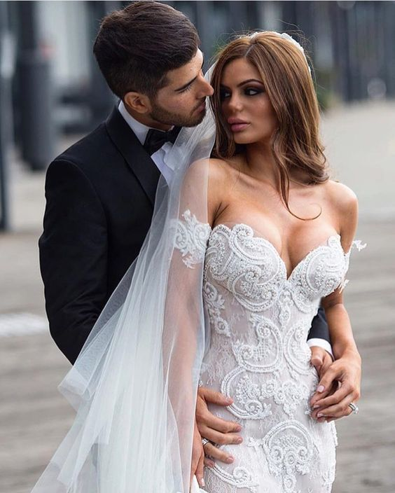 Happy Anniversary @joannatriantos  @steven_khalil  @susieayoubmakeup  @aehair  @phaophotography  #AnthonyEllis #stevenkhalil #weddings #wedding #tb #instadress #fashion #stylish #bride #allocasionsdresses #spring #goals #groom #beauty #beach #tag #instagram #dm #followus #prewedding #instabeauty #dresslove #photography #pic #all_shots #stunning #perfect #weddingdress by alloccasionsdresses