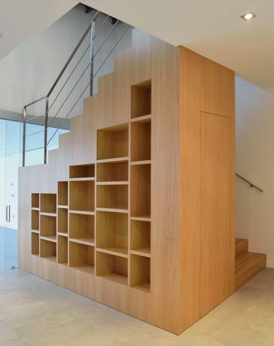 Fotos de pasillos vest bulos y escaleras de estilo for Escaleras de viviendas