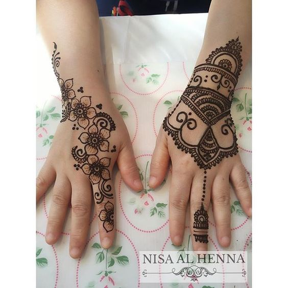 @wendypeacheshenna classic and trendy designs. We cater to all henna occasions. Bridal, engagement, henna parties. Drop an email to alhenna@outlook.com for our quotation.  #hennainspire #hennasg #sghenna #nisaalhenna #hennabynisa #mehandi #mehndi #mehendi #hennaart #hennaartist #hennalookbook #hennafeatures #inai #rayahenna #hennaraya  #henna #7enna #7anna