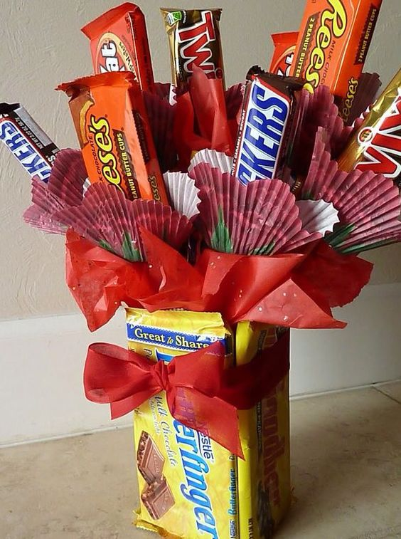 Candy Bars Bar And Bouquets On Pinterest