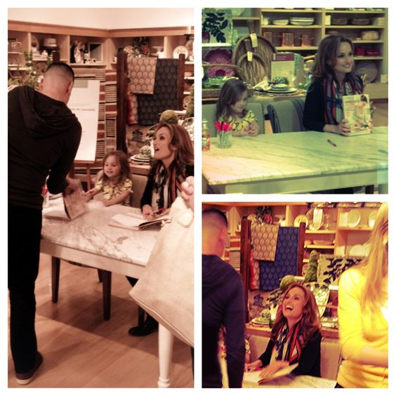 Super chef Giada DeLaurentis and adorable daughter sign books.: Chef Cooks, Sign Books, Super Chef, Favorite Chefs, Music Books, Daughter Sign