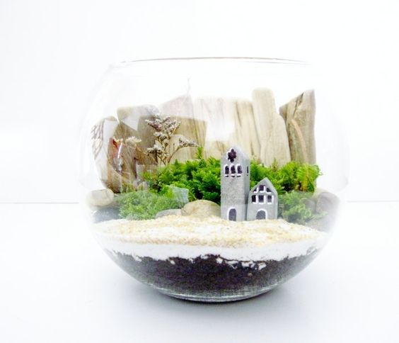 terrarium with beach cottage kit miniature house via etsy gardening tips ideas. Black Bedroom Furniture Sets. Home Design Ideas