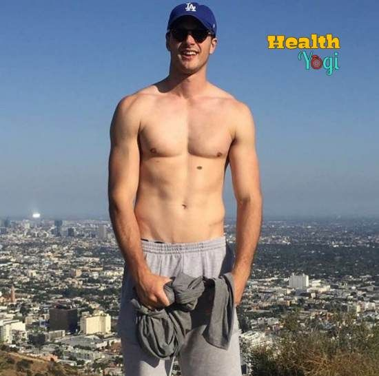 Jacob Elordi Workout Routine And Diet Plan 2020 Health Yogi Kissing Booth Hot Actors Shirtless