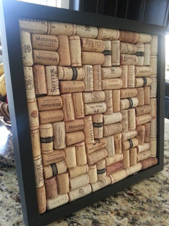 how to make a bulletin board out of wine corks