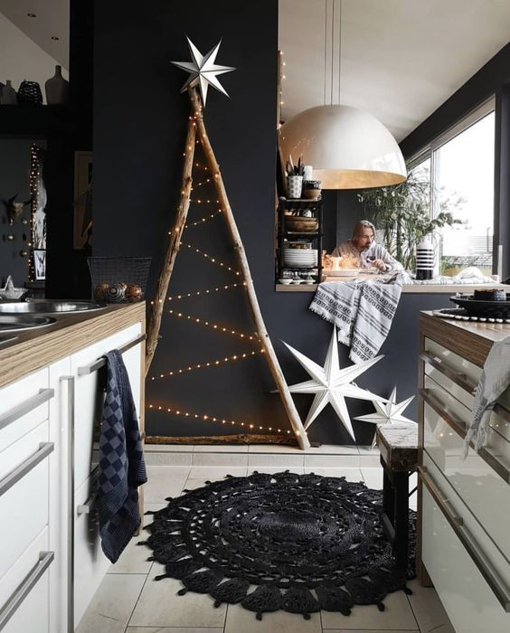 35 Black Christmas Tree Ideas Coz Everything Else Is Just Background Noise Hike N Dip Christmas Tree Design Boho Christmas Christmas Deco
