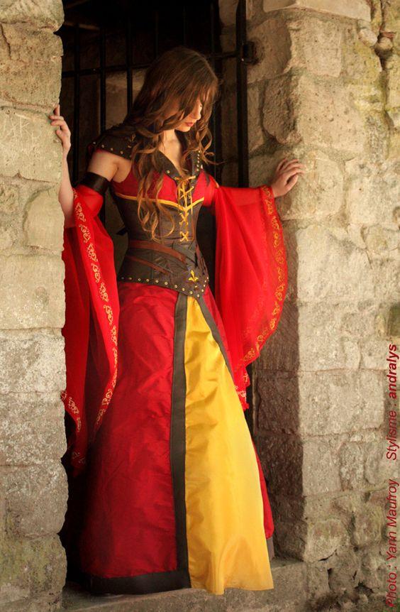 Robe de mariée médiévale fantasy : guerrière Elfe - par Andralys