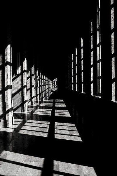 صور خلفيات سوداء Hd عالية الجودة بفبوف Shadow Photography Light And Shadow Photography White Photography