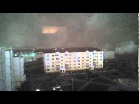 """O dia fez-se noite em tempestade """"apocalíptica"""" na Bielorrússia - ZAP"""