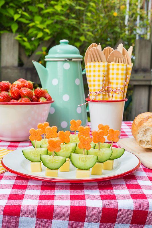 Ein Picknick Kindergeburtstag Feiern Mit Kreativen Ideen Kindergeburtstag Feiern Hausgemachte Limonade Rezepte Kinderpicknick