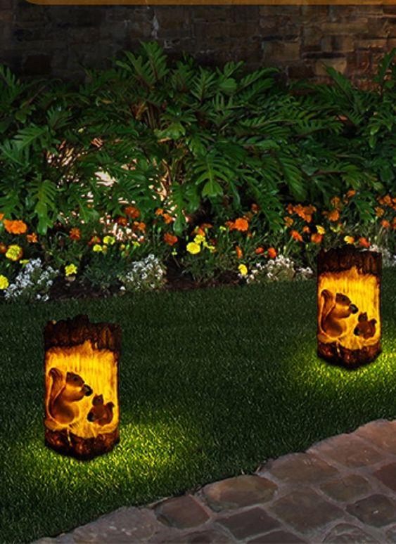 Eichhörnchen-Solarlicht Das süße Eichhörnchen sieht zarter und schlauer aus als andere eintönige solarlampen für außen.wenn Sie mit Freunden und der Familie auf eine Party (Weihnachten,Erntedankfest,Einweihungsfeier) gehen. Garten deko bringt einzigartige und interessante Szenen mit,die Sie begleiten,um eine gute Zeit auf der Party zu verbringen... *Pin enthält Werbelink