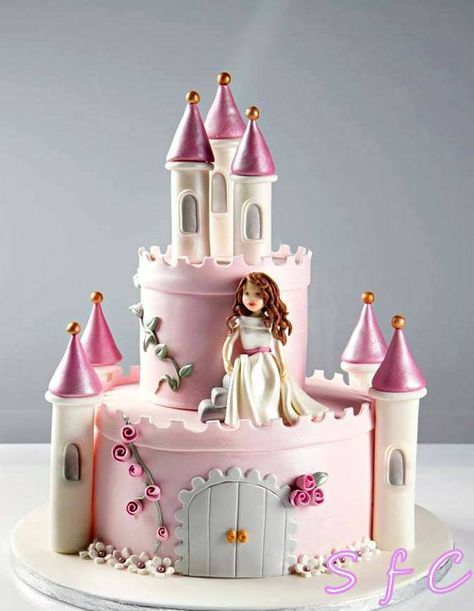 Pin By Nesreen Shalaby On Princess Castle Cake With Images